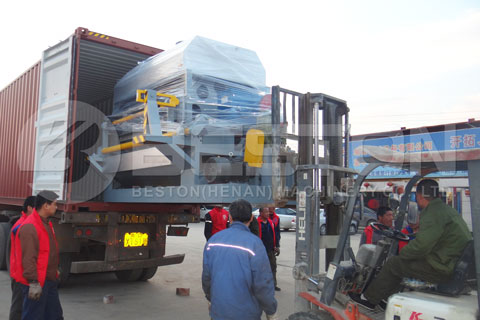 Move Egg Tray Equipment to Truck